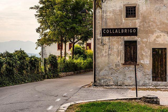 Collalbrigo by @corradopiccoli_photographer . . . #streetphotography #italia #veneto #wine #prosecco #proseccolife #proseccolove #proseccotime #winery #landscape #hill #proseccodocg