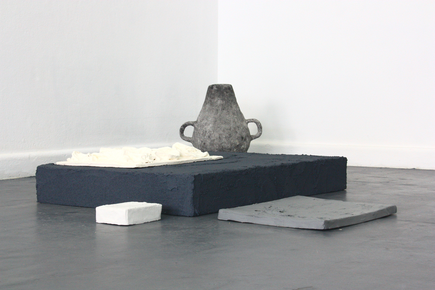 13-blindside-reinventing-the-medium-white-and-grey-pieces-m-thornton-smith.jpg