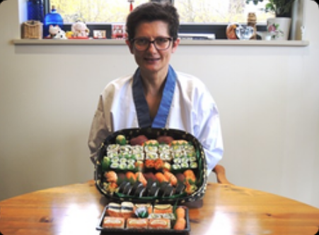 """""""Excellent course, Nari & Yoshie have made a course a joy to do.  They taught in a relaxed and informal way, they took their time to  explain everything and to answering all my questions.It has been a very  productive day, where I feel I learned a lot.  Thank you very much, I am looking forward to do the next course in Japanese cooking."""""""
