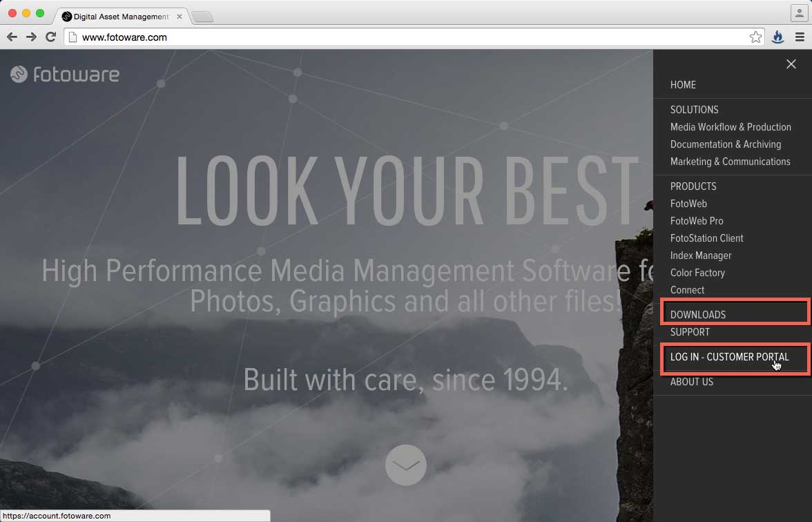 """Mit Klick auf """"LOG IN - CUSTOMER PORTAL"""" erreichen Sie das Service Tool."""