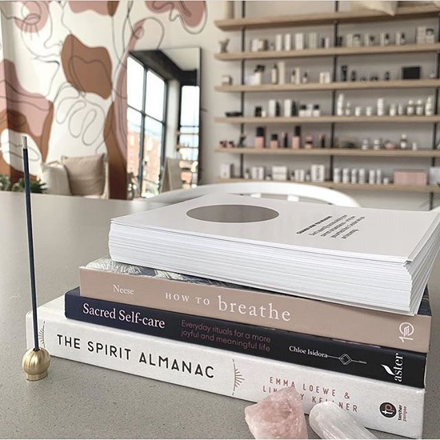 in good company at @freedom.apothecary ⚪️