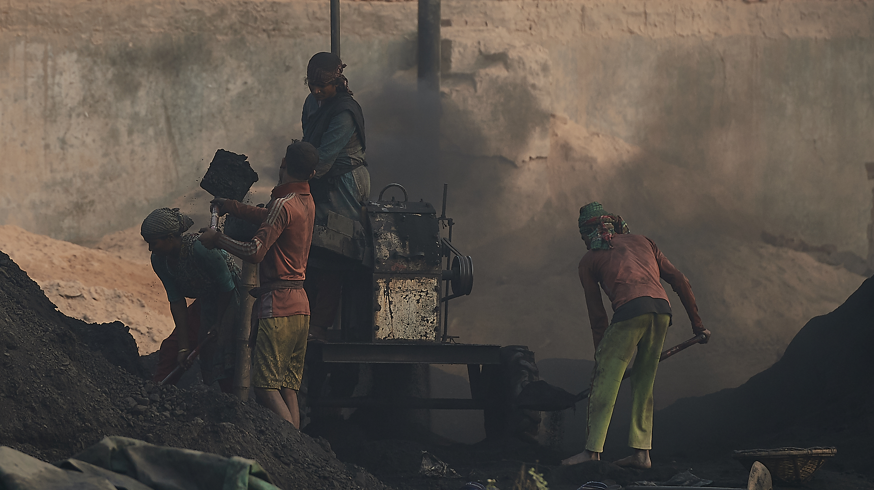 coal being ground into finer dust for burning