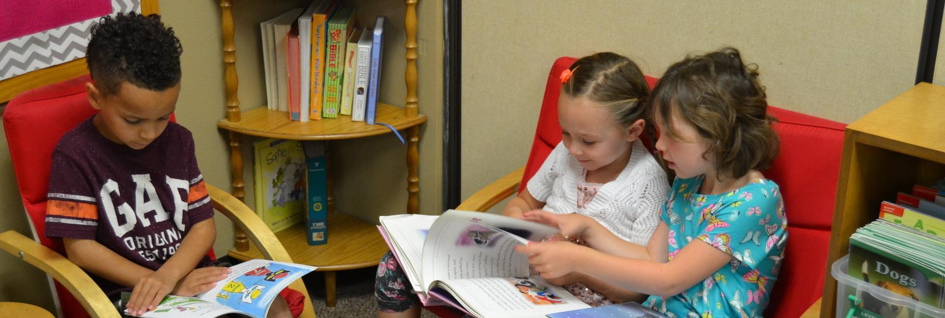 sflutheranschool_reading.JPG