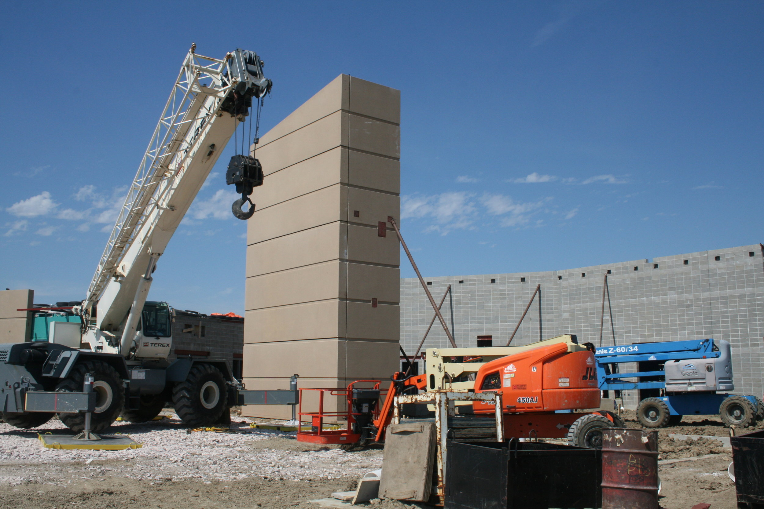 Precast concrete goes up near the entrance of the new Sioux Falls Lutheran School building.