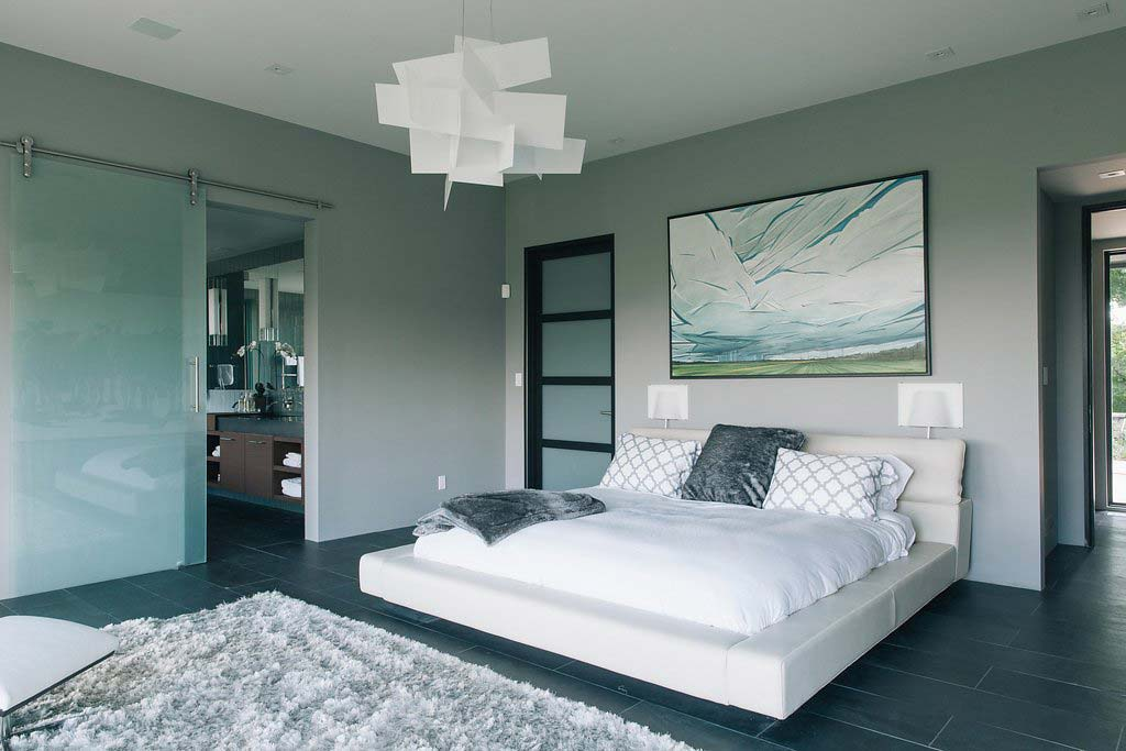 Tranquil master suite by Four Blocks South, residential interior design firm based in Toronto, Canada.