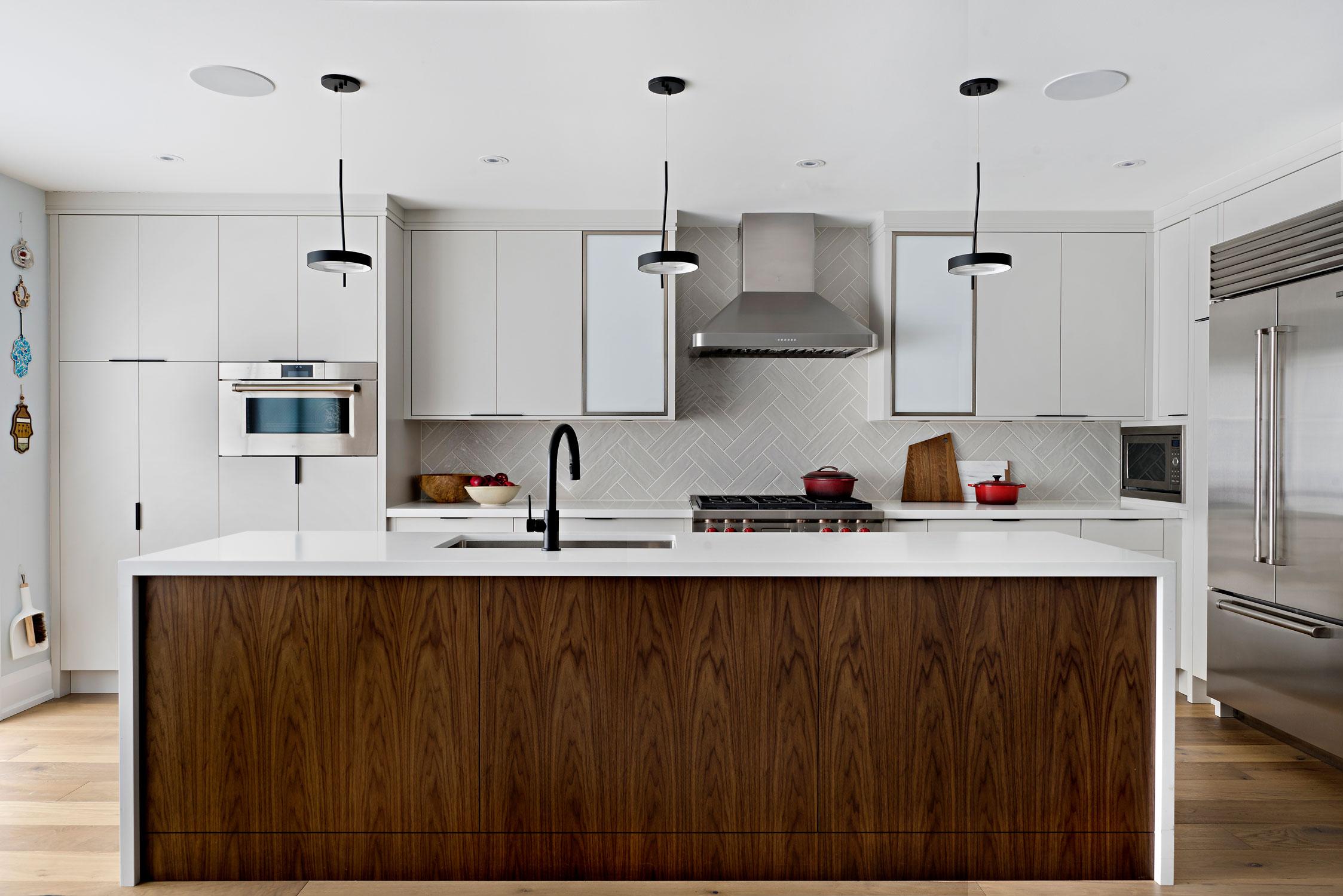 kitchen-straight-on-view.jpg