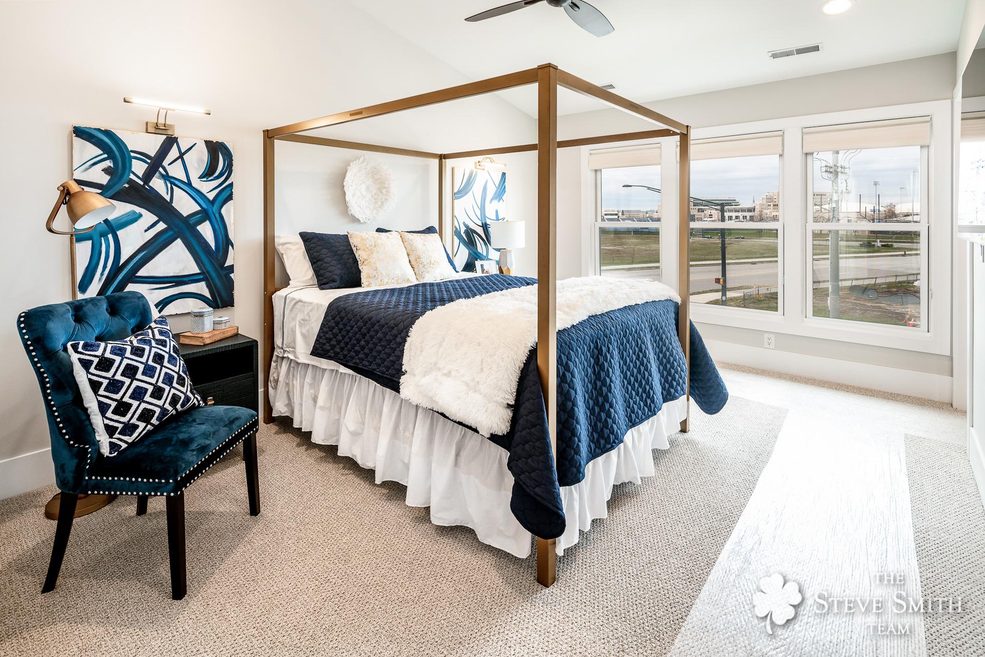 21 Bedroom Master 1.jpg