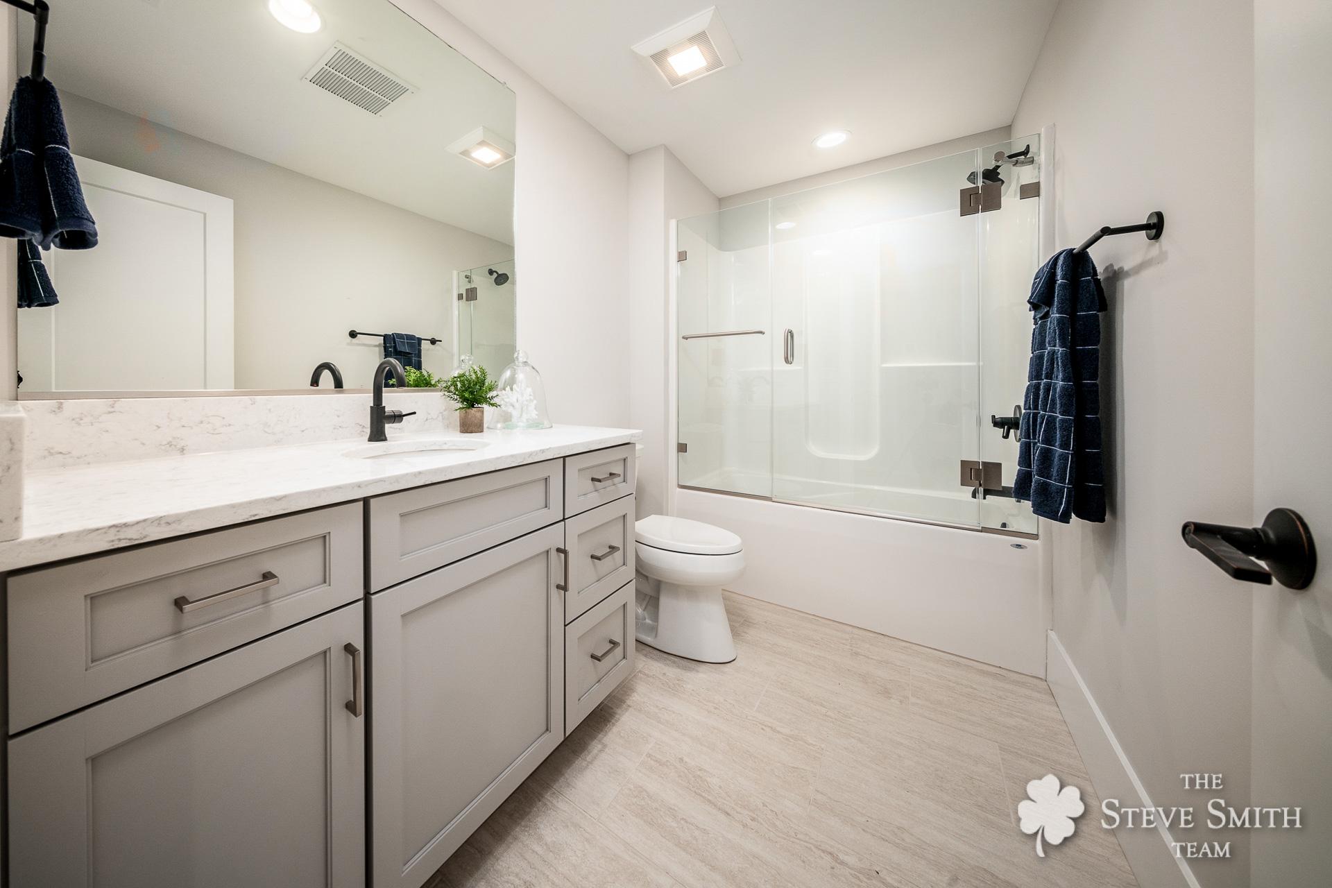 34 Bath5 1.jpg