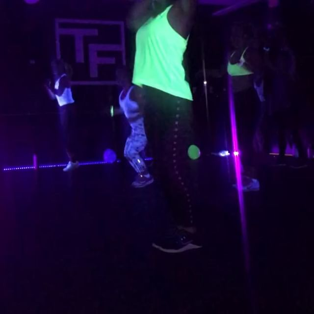 ARE YOU READY!? GLOFIT DANCE - his Thursday- 4/11- 7-8:30pm with @erikawinkels .  Come early for your glow sticks, stay after for champs and/or water! Sign up ASAP. $30 (members get 10% discount)