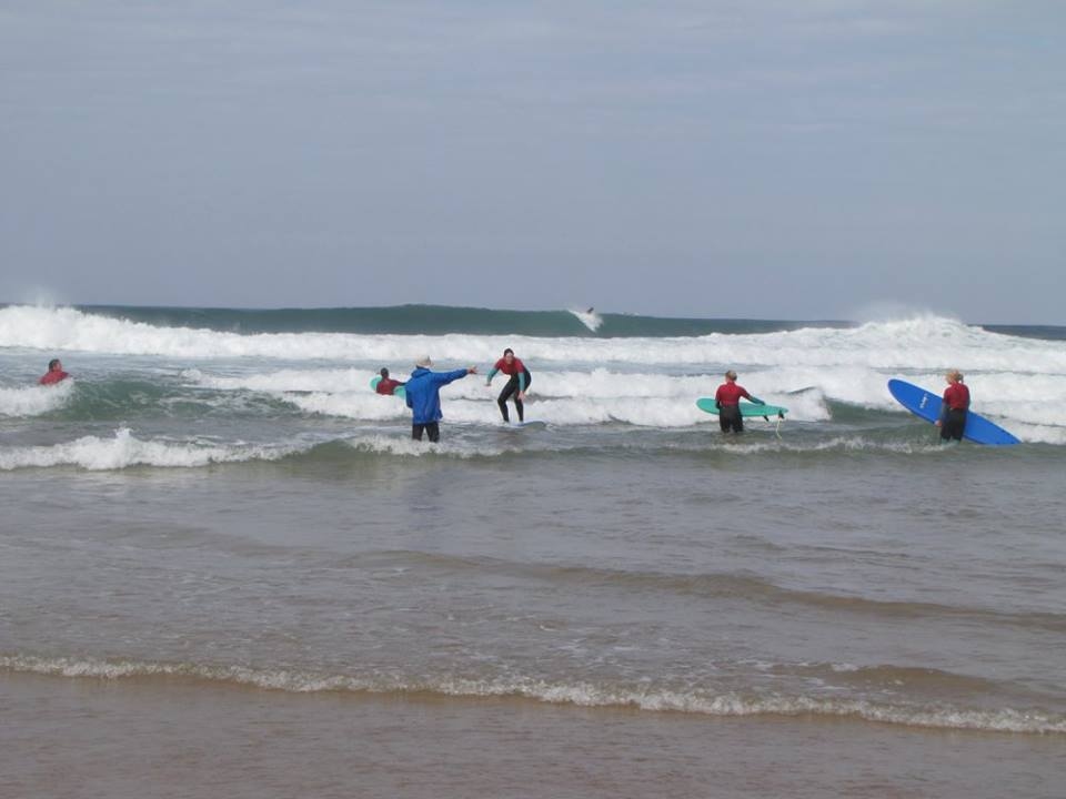 ride-on-retreat-surf-instructor-portugal.jpg