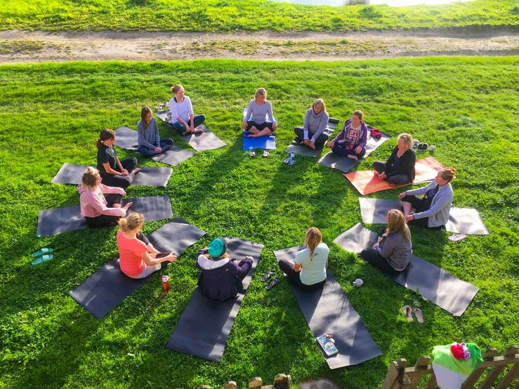 Relaxing and friendly yoga sessions on our retreats.