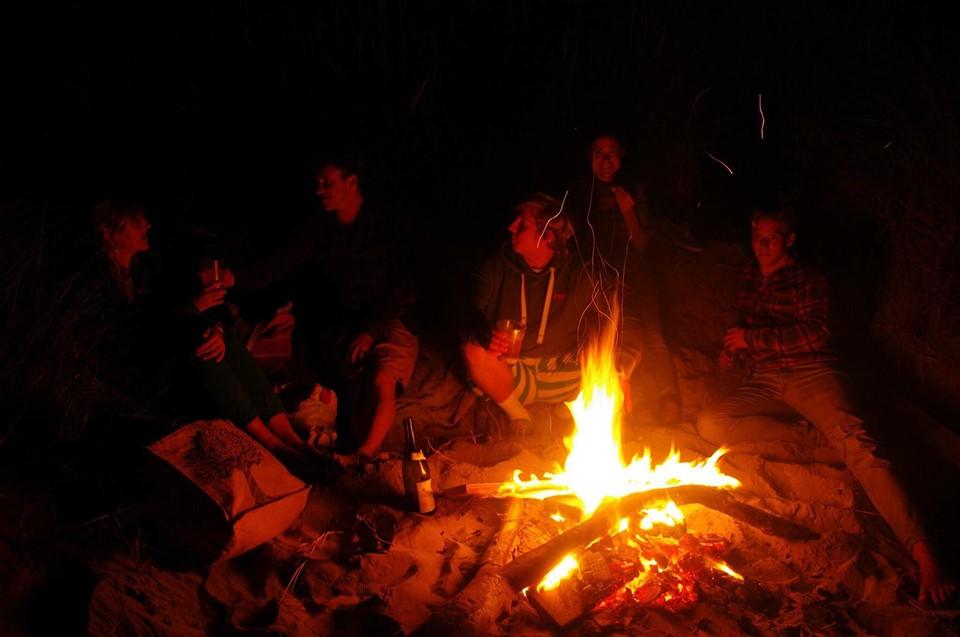 Ride-on-retreats-beach-fire.jpg