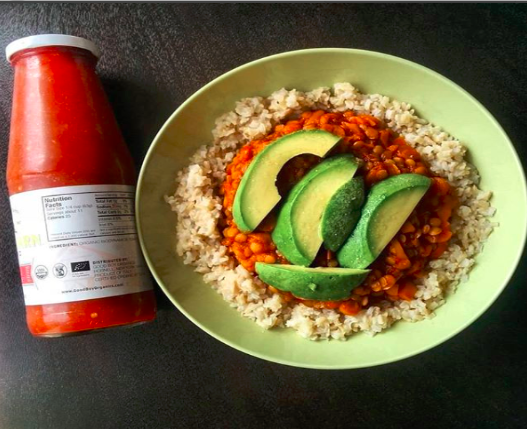vegan chili by @plantbased.arabic