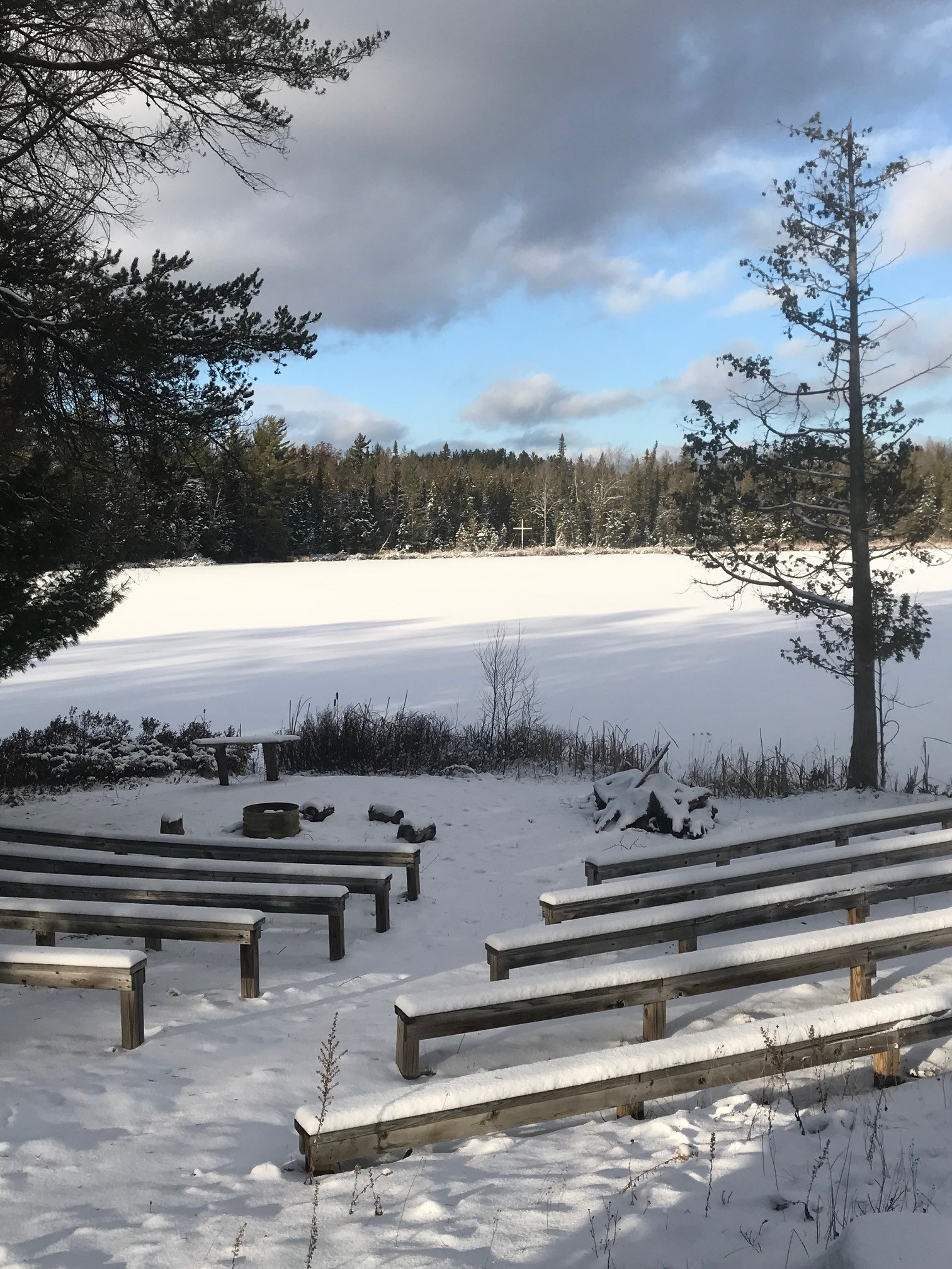 seating area by lake.jpg