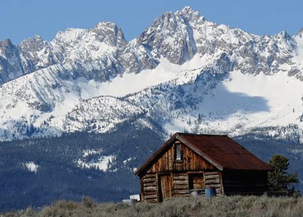 Stanley, Idaho and Sawtooth Moutains