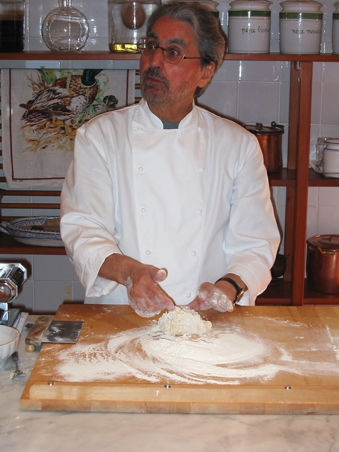 Gioliano Bugialli demonstrating how to make pasta