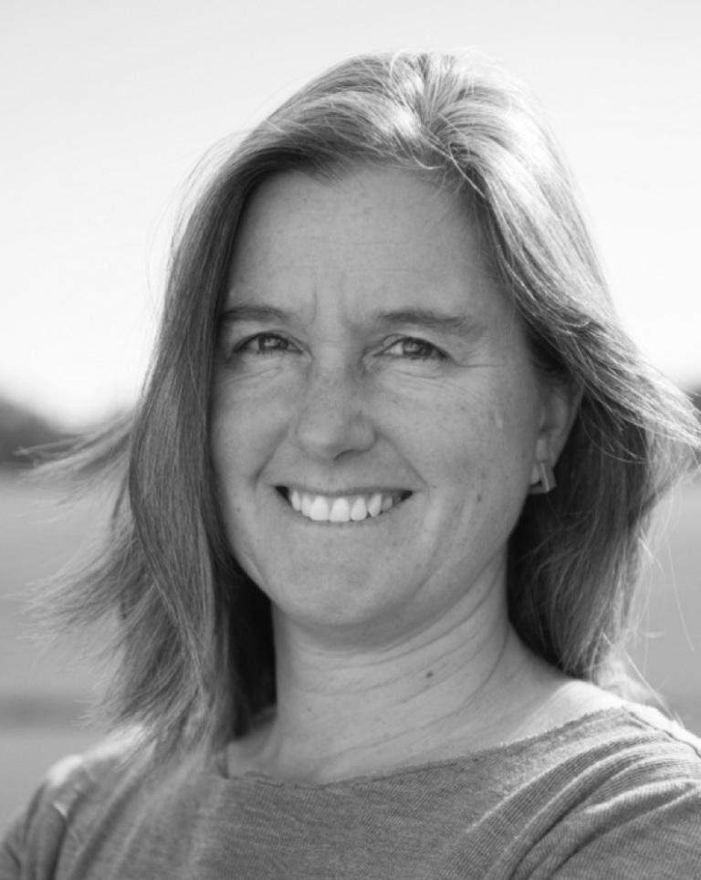 Executive Director, Naomi C.O. Beal - naomi@passivhausMAINE.org207| 710.9478