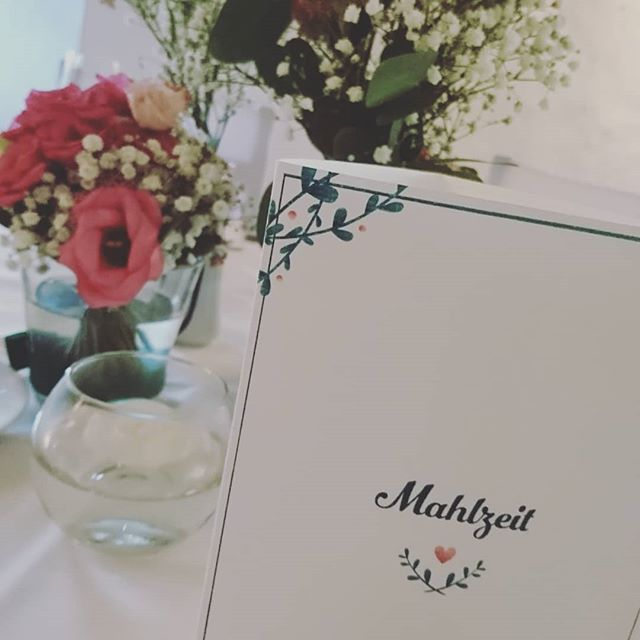 It was a pleasure. ♥️ #illustration #wedding #handlettering #love #flower #plant #cards #beautiful