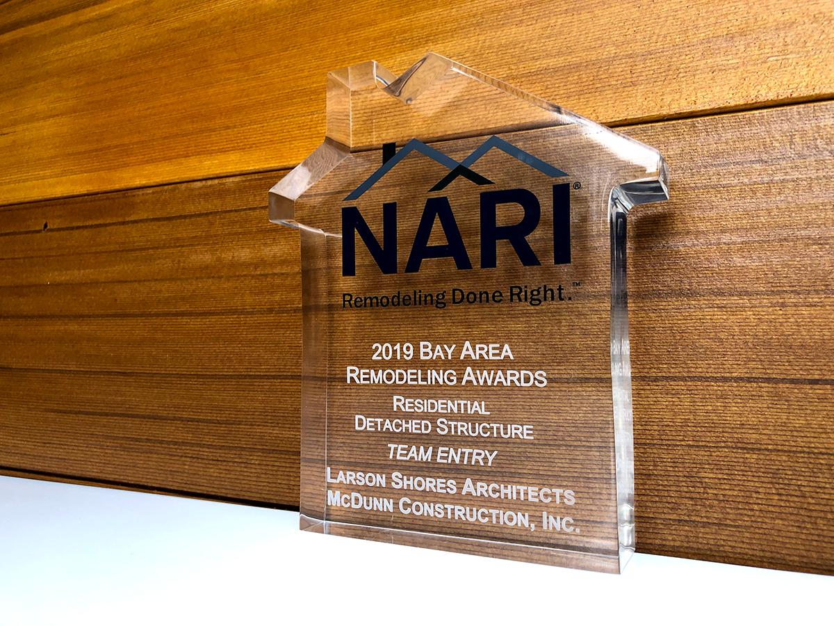 Nari Award.png