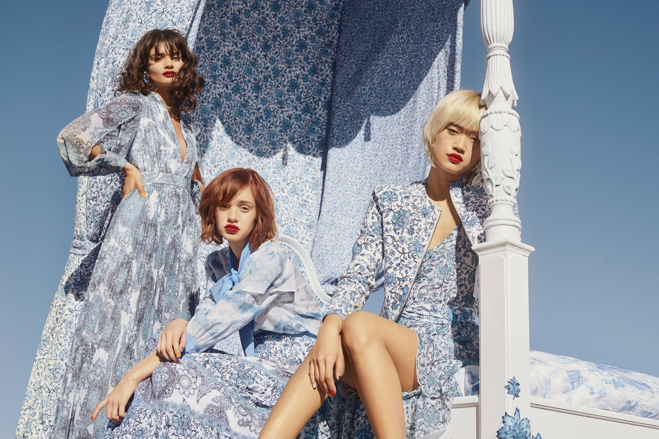 M771_DKR_Alice+Olivia_Harrods_Blue_07_1303_FNL.jpeg