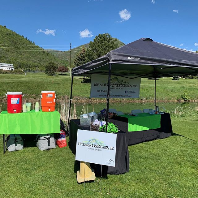 It's a beautiful day to play golf and pour concrete! Here's our sponsor booth!  #pchba #golf #construction #concrete #architecture #engineering #parkcity #midway #wasatch #saltlakecity