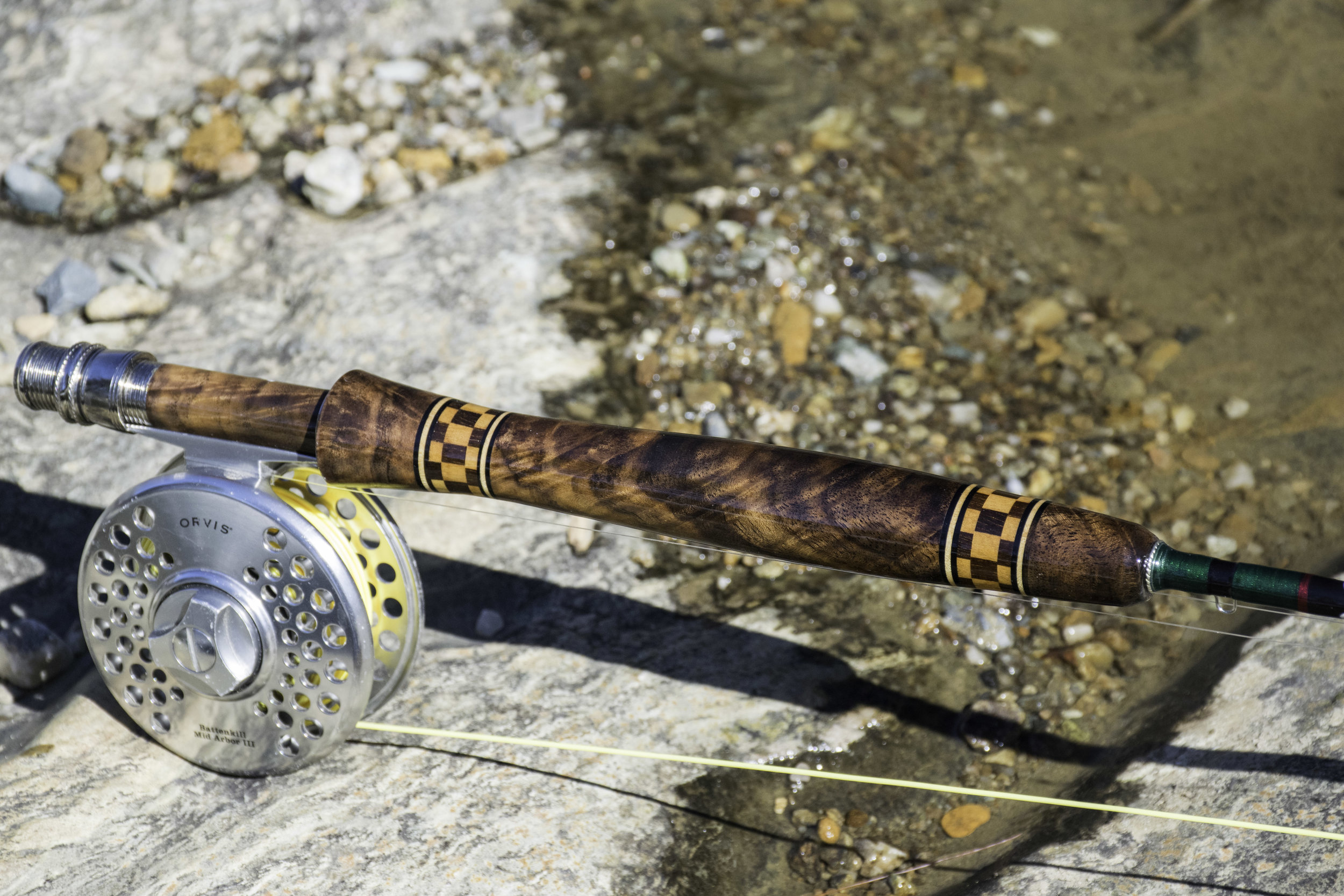 *Note this was a photo of a carbon rod with the traditional reel seat