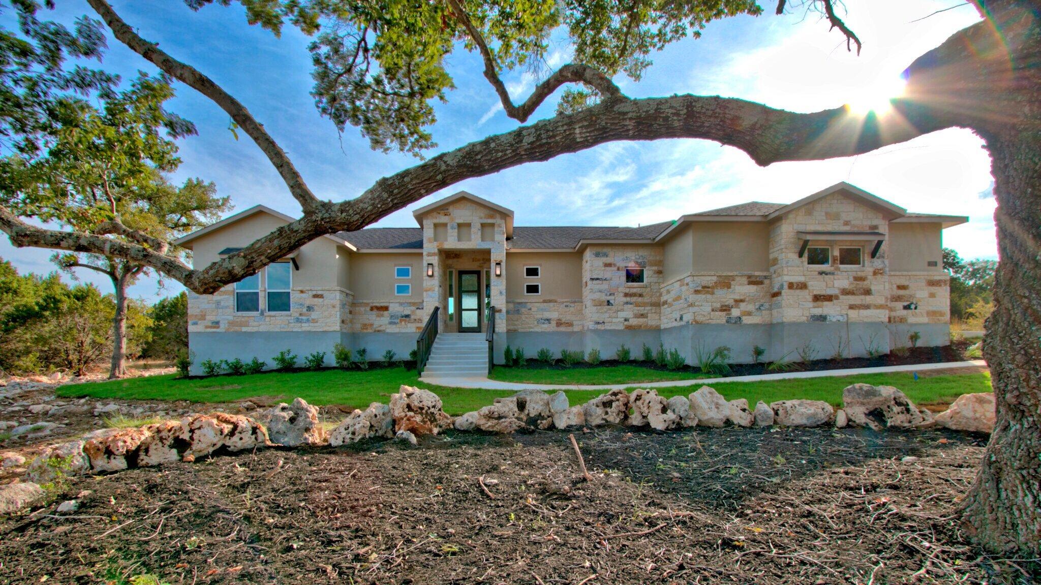 228 High Point Circle - Spring Branch, TX 78070$384,900