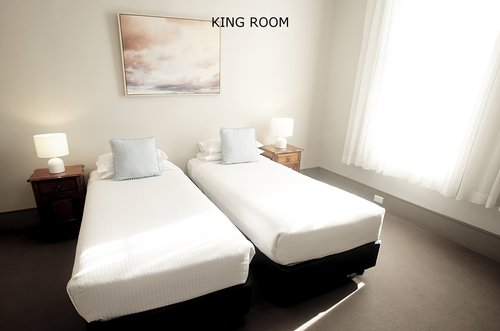 King Room 5.jpg
