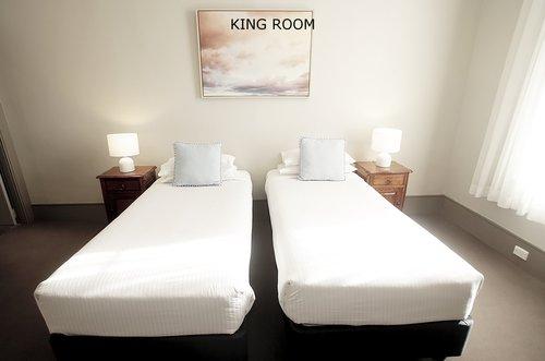 King Room 6.jpg