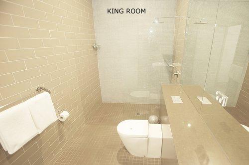 King Room 1.jpg