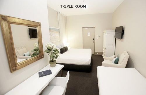 Triple Room 10.jpg
