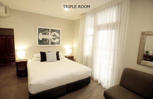 Triple Room 7.jpg