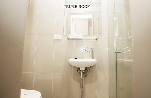 Triple Room 1.jpg