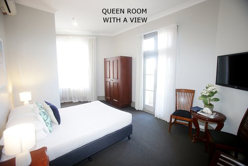 Queen Room with a view 3.jpg