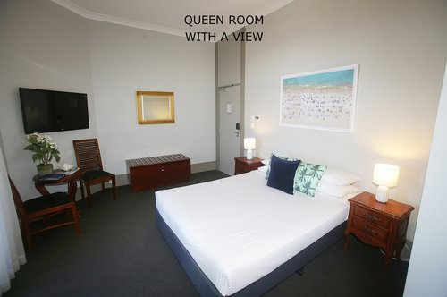 Queen Room with a view 1.jpg