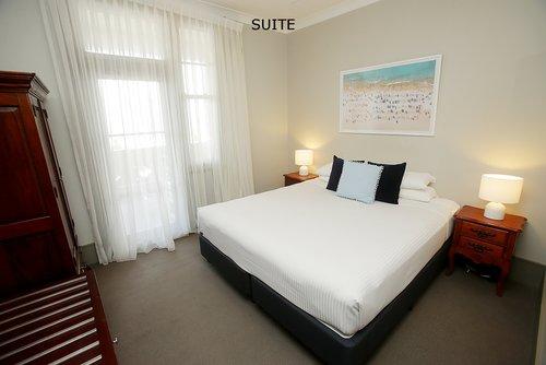 Suite 5.jpg