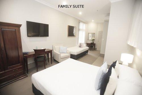 Family Suite 3.jpg