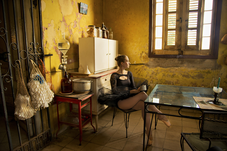 Layne Kennedy-Cuban Ballerina-Havana_LCK2845.jpg