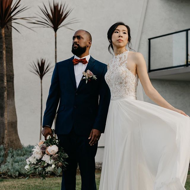 A client just sent me some sneak peak photos from her wedding last weekend and they look amazing! Congratulations to @kimshenberly and @tyre.jones on your big day!  PS. Real men hold their bride's bouquets  Photography: @juliolemus Hair: @hairstoriesbysue  Florals: @_handbloom