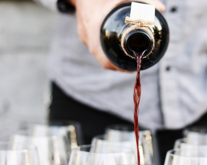 Wine & Beer Bar 550pxl.jpg