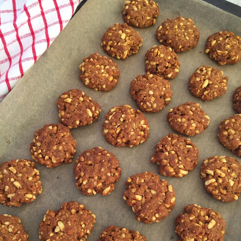Oat-free+Anzac+cookies+2.jpg