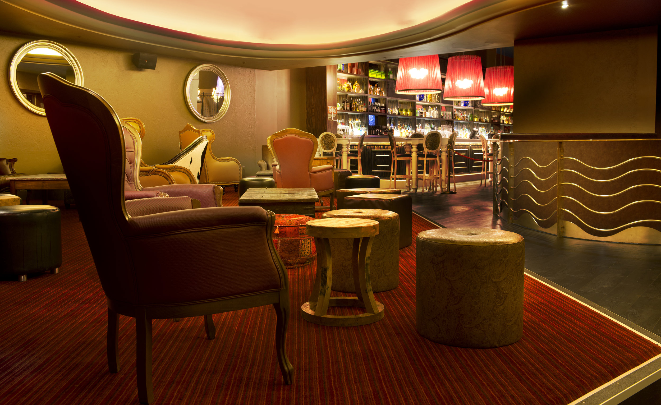 Lina's Lounge 3 (2).jpg