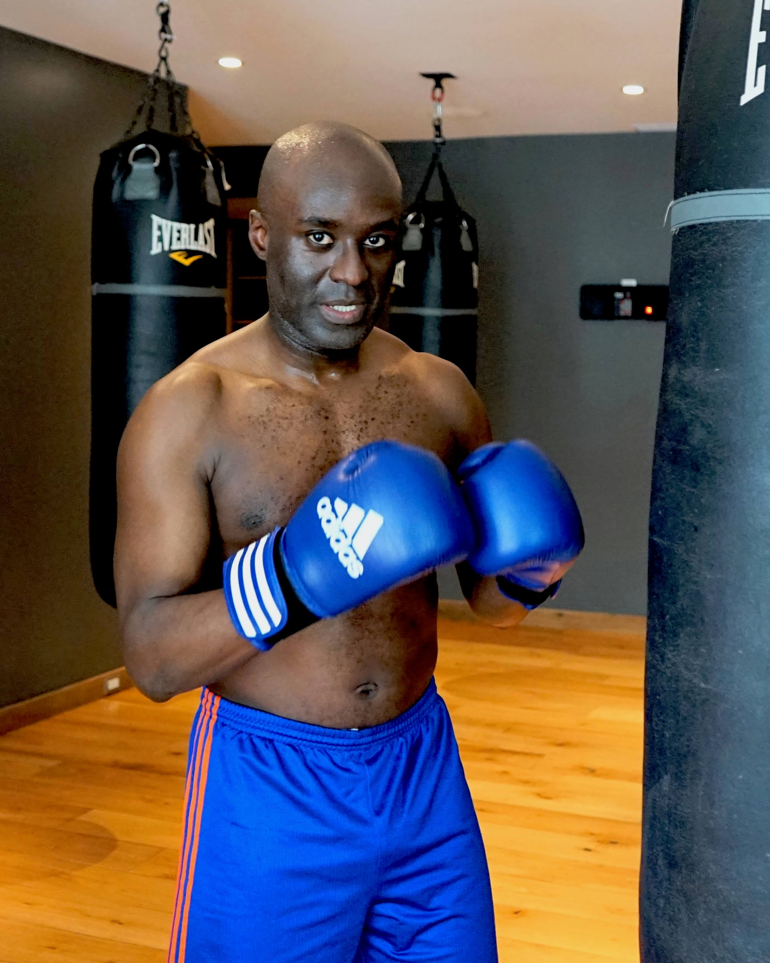 kWASI'S STORY - Kwasi had a long lasting injury in his left hip limiting his movement and mobility. See how acupuncture helped get him back in the ring!Watch Kwasi's video