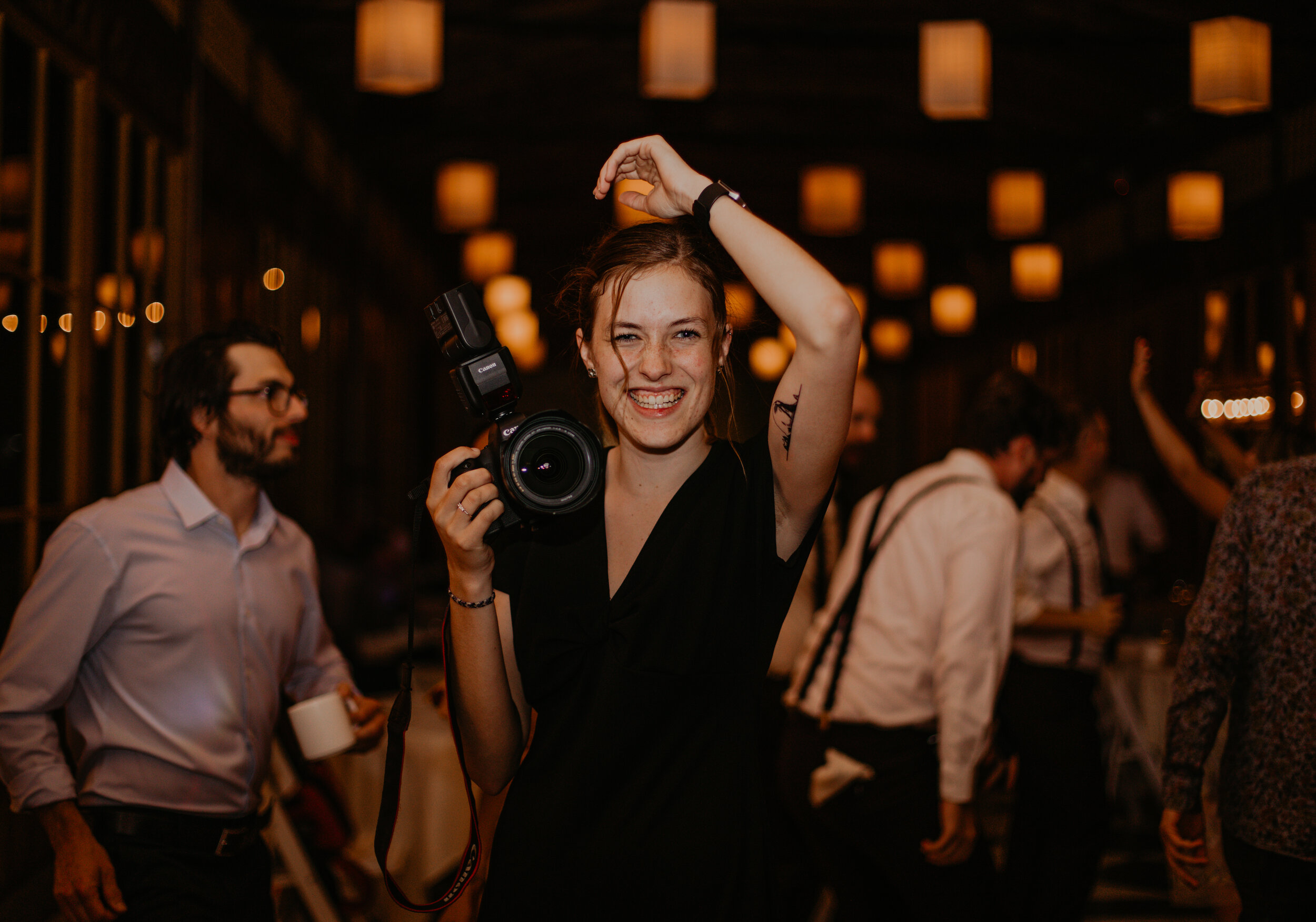 """hiiii, friend! I'm Danielle! - & I'm so happy you made it here.I'm a PNW-based photog who's here to serve & support YOU + be your hypegirl! I shoot weddings, elopements, seniors, & I celebrate every kind of love. I thrive most with people who live authentically, joyfully, & aren't afraid to be messy! have a look around and head over to my """"contact"""" page when you're ready to begin this beautiful journey with me!❤️"""