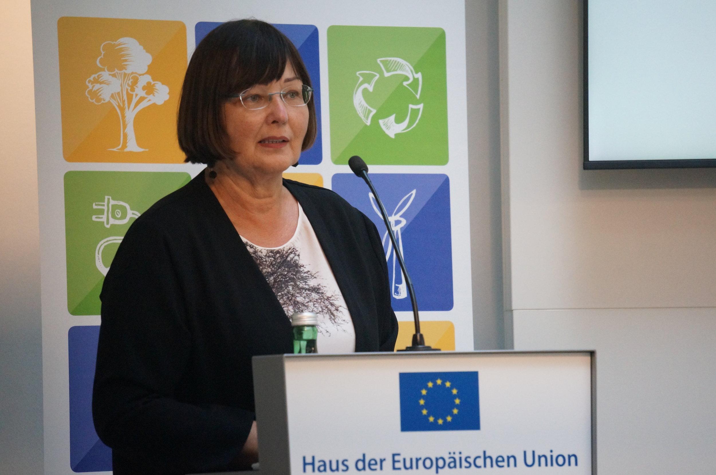 Angela Köppl, WIFO