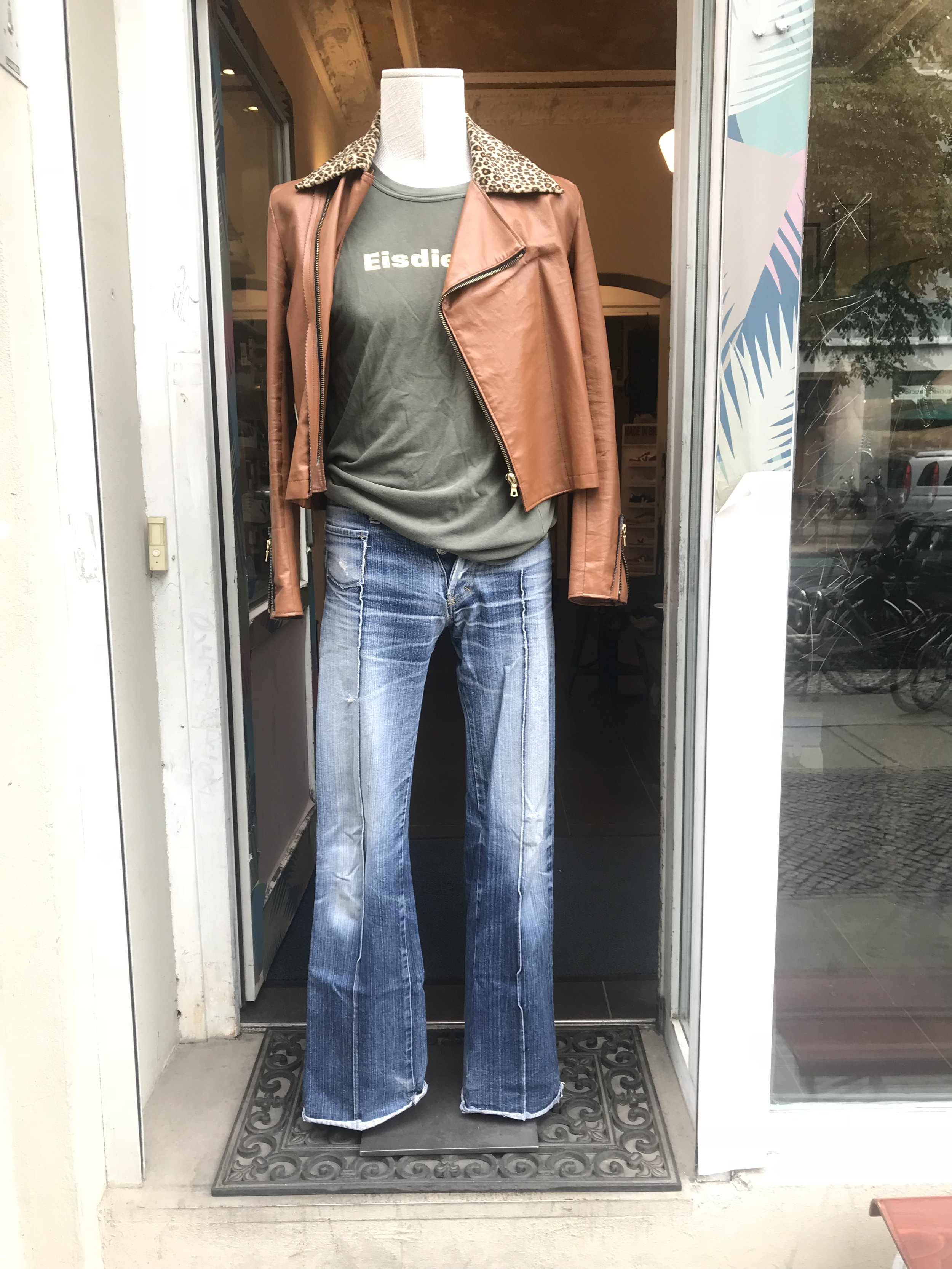 """Director´s Cut  """"Discount"""" boot cut jeans from 1999/ Eisdieler  recycled army t-shirt from 1996/ Director´s   Cut  prototype jacket"""