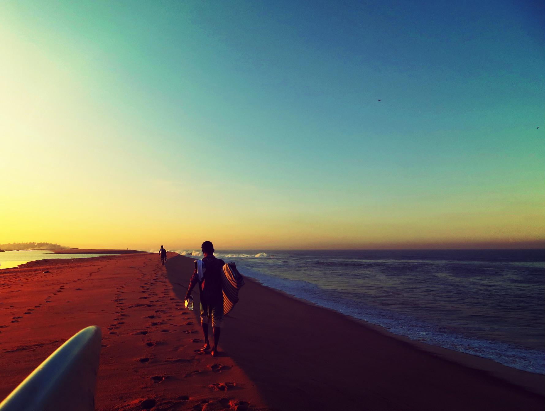 surfbeach1.jpg