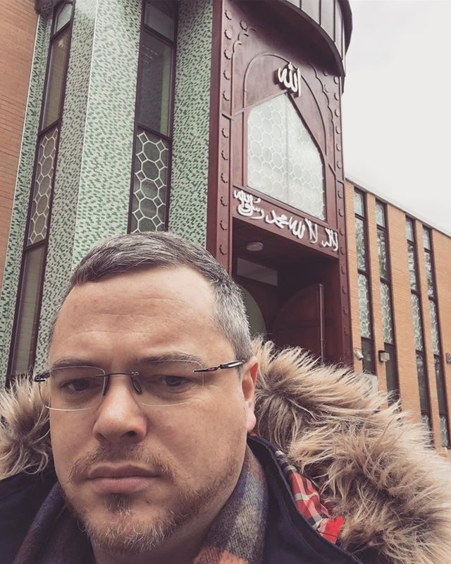 An honour to visit my local #mosque in London in solidarity as a Christian with the terrible attack in New Zealand.