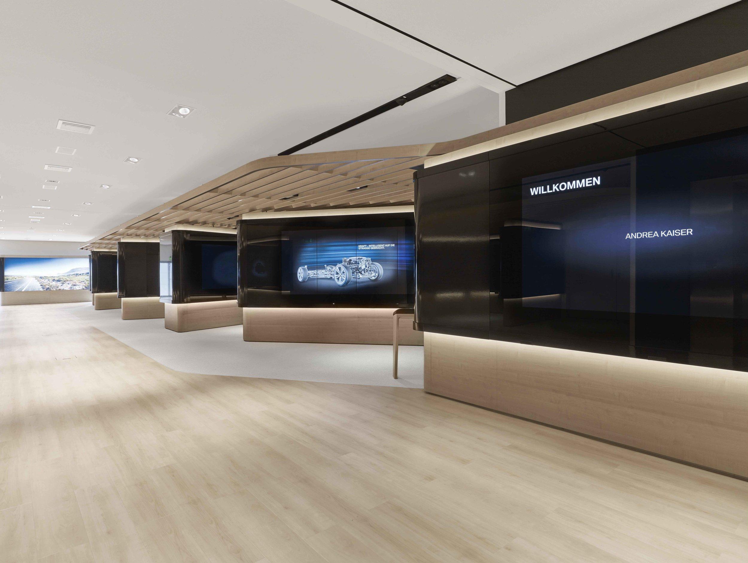 bmw-product-information-center_coorporate-interior-design_coordination-berlin_02.jpg