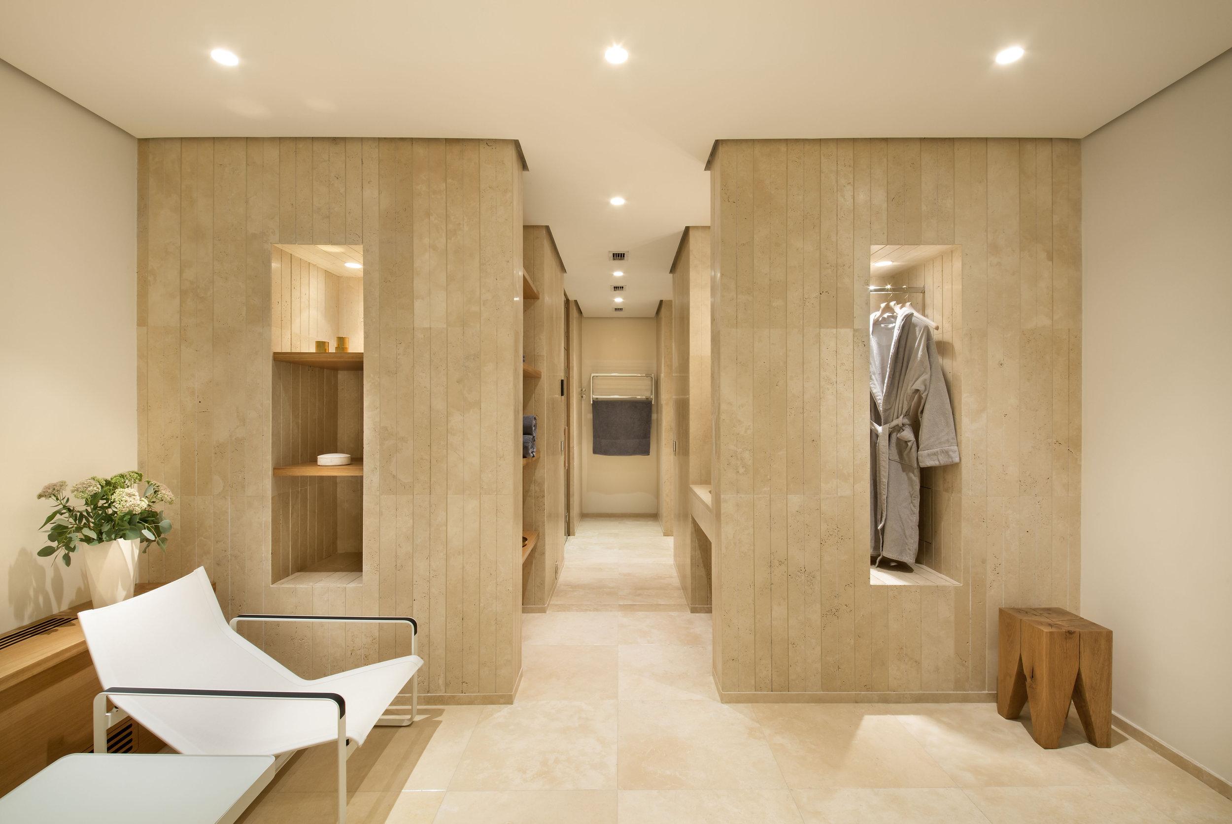 miras-villa_private-architecture-interior-design_coordination-berlin_07.jpg